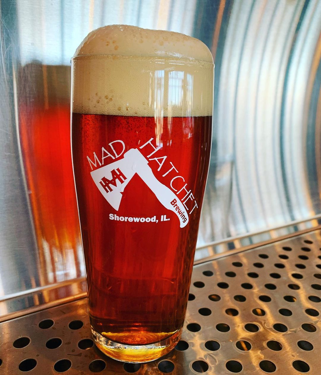 A glass of Sawzall Kung Fu from Mad Hatchet Brewing in Shorewood, IL
