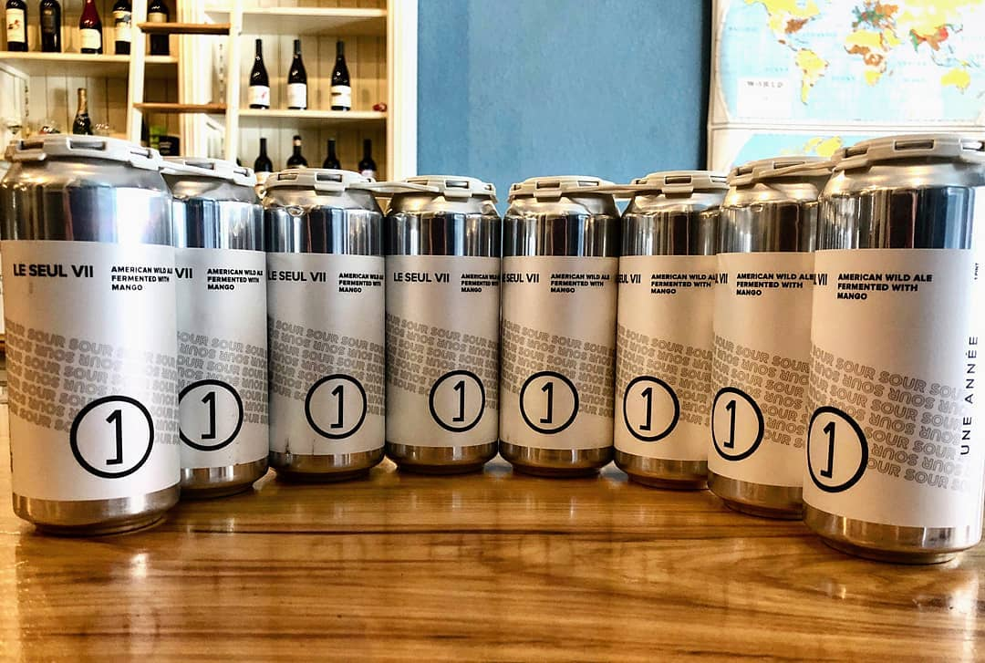 8 cans of Une Annee's Le Seull VII at CatsEye in Ottawa, Illinois