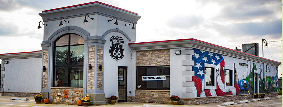 outside picture of the old Route 66 family restaurant