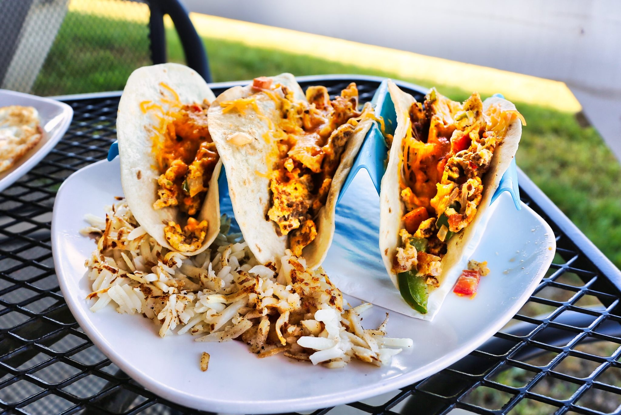 red dog grill breakfast tacos